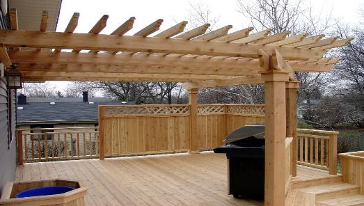 Custo Cedar Pergola and Privacy Rail